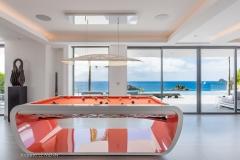 Axel Rocks pool table ocean view