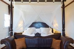 Casa Blanca bedroom bed